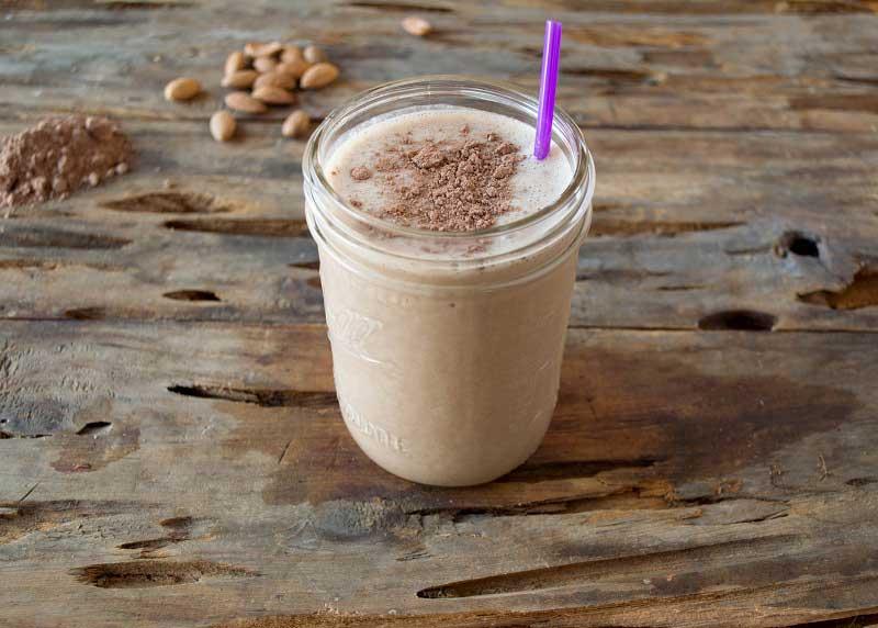 Creamy Choco Almond Shake